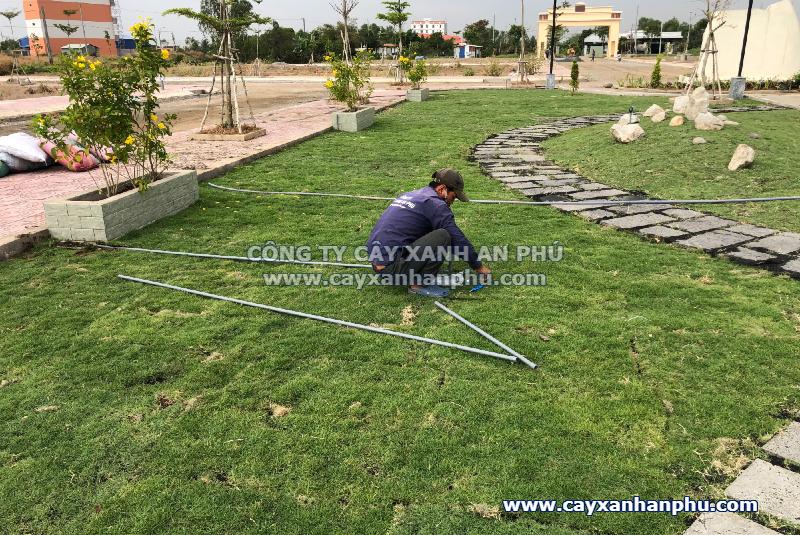 Lắp hệ thống tưới tự động cho công viên